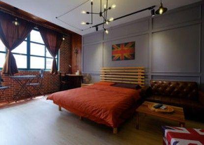 Baker Street Design Inn