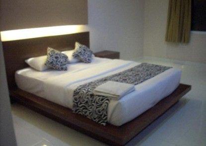 Bakung Sari Hotel Kamar Tamu
