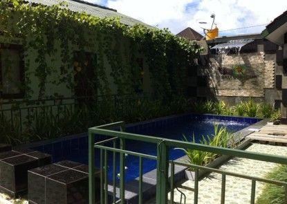 Bali Contour Guest House Kolam Renang