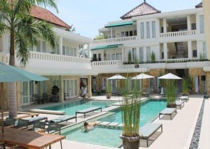 Bali Court and Apartment Eksterior