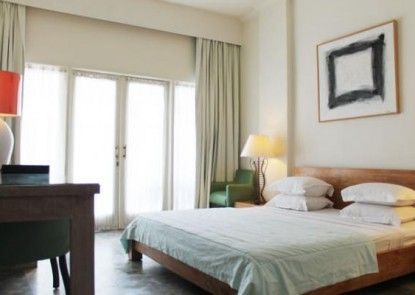 Bali Court and Apartment Kamar Tamu