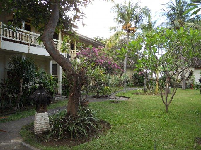 Bali Lovina Beach Cottages, Buleleng