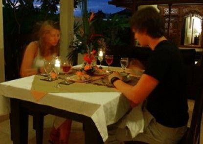 Bali Nyuh Gading Villa Ruang Makan