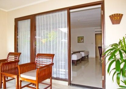 Bali Rani Hotel Teras