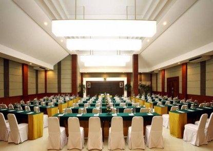 Bali Rani Hotel Ruangan Meeting