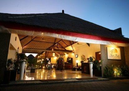 Bali Rich Villa Seminyak Pintu Masuk