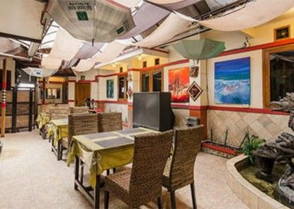 Bali Indah Hotel Bandung Teras