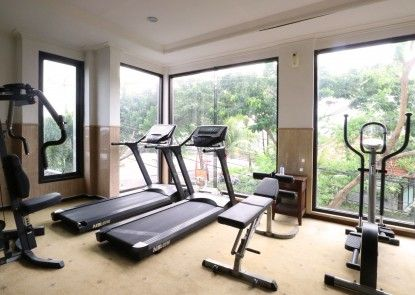 Bali Paradise City Hotel Ruangan Fitness