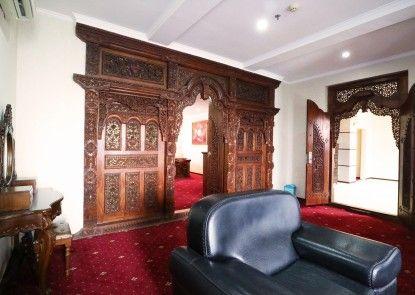 Bali Paradise City Hotel Ruangan Suite