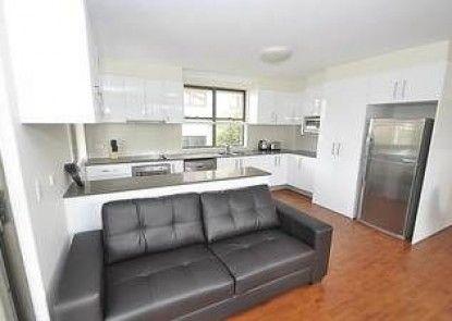 Balmain 3 Mont Furnished Apartment