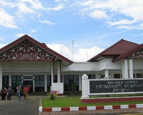 Bandar Udara Fatmawati Soekarno