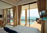 Pesan Kamar Panoramic Two Bedroom Pool Villa (share Infinity Pool) di Bandara Villas Phuket