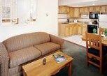 Pesan Kamar Kondominium, 2 Kamar Tidur (with Kitchen) di Banff Rocky Mountain Resort