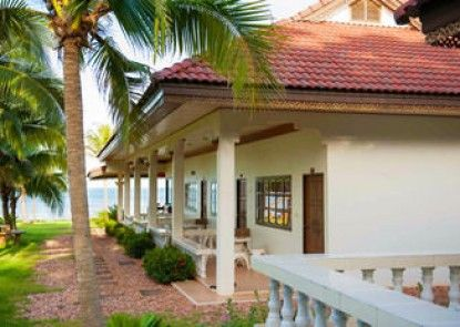 Bansaithong Beach Resort