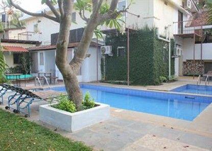 Banyan Tree Courtyard