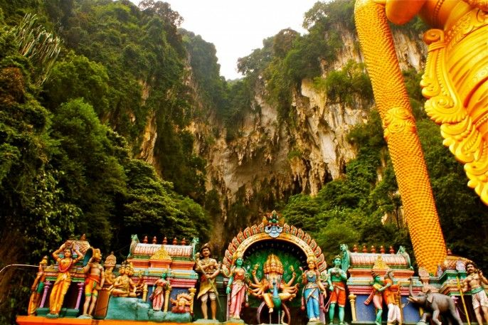 harga tiket Batu Caves, Royal Selangor Pewter, and Batik Outlet Private Tour