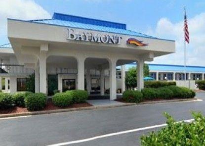 Baymont Inn & Suites Macon / Riverside Drive