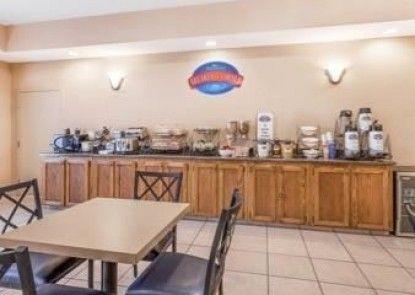 Baymont Inn and Suites Cartersville