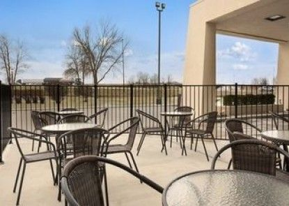 Baymont Inn and Suites Springfield, IL