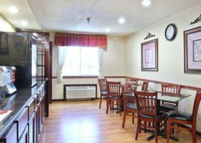 Baymont Inn & Suites Muskegon
