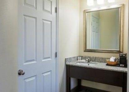 Baymont Inn & Suites Newark at University of Delaware