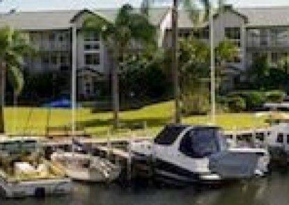 Bayview Bay Apartments & Marina