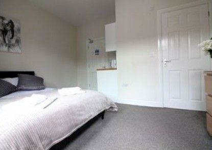 Beechfield Suites