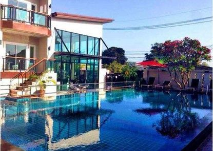 Bee Orchid Pool Villa