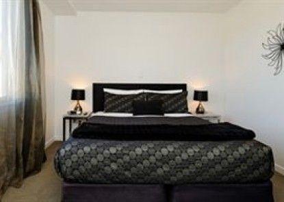 Bellano Motel Suites