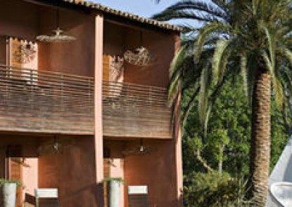 Benkirai Hotel