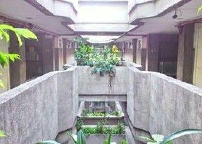 Benson Apartelle