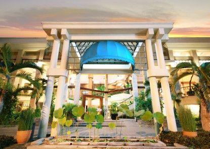 Bentani Hotel & Residence Eksterior