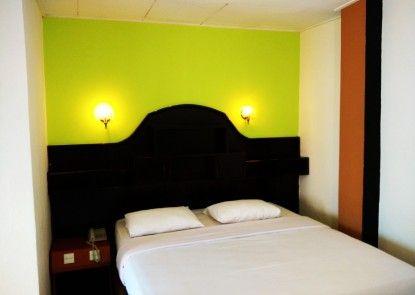 Benteng Hotel Bukittinggi Kamar Tamu