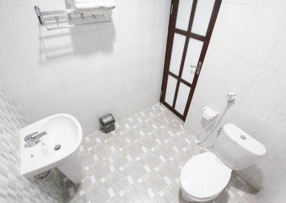 BeOne House Jogja Kamar Mandi