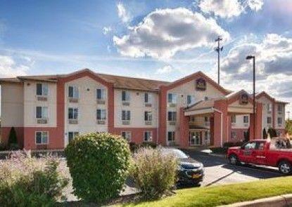 Best Western Penn-Ohio Inn & Suites Teras