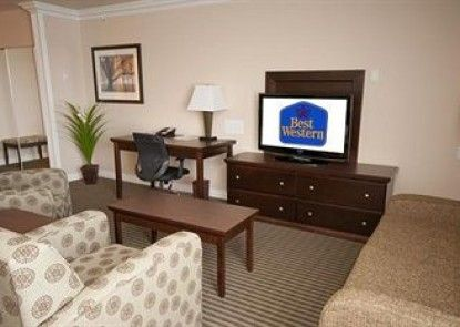 Best Western Plus Mirage Hotel & Resort Teras