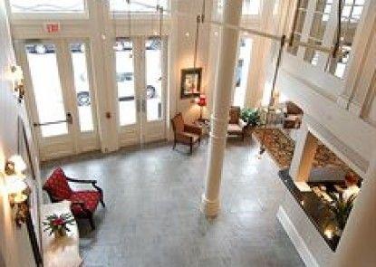 Best Western Plus St. Christopher Hotel Teras
