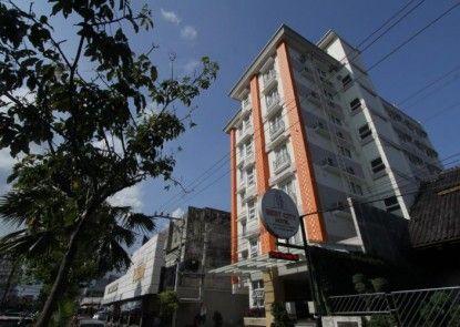 Best City Hotel Eksterior