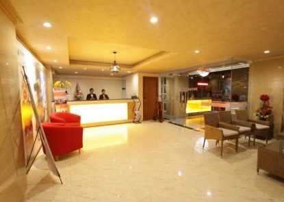Best City Hotel Lobby