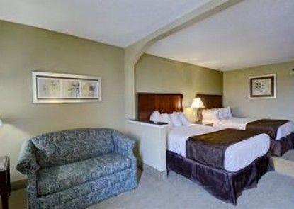 Best Western Plus Inn at Hunt Ridge