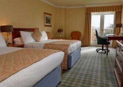 Best Western Plus Kenwood Hall Hotel