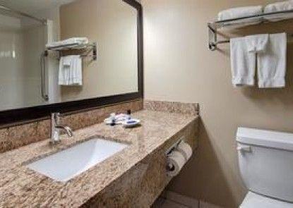 Best Western Plus Red Deer Inn & Suites