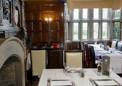Best Western Plus Rogerthorpe Manor Hotel