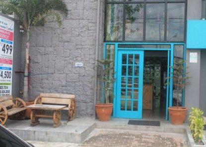 BGC Boutique Hostel & Dorm