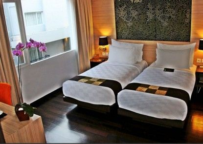 b Hotel Bali & Spa Kamar Tamu