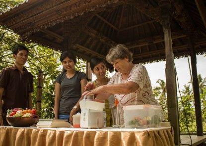 Bhuwana Ubud Hotel Aktifitas