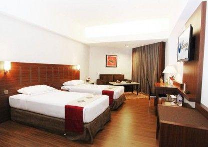 Hotel Bidakara Grand Pancoran Jakarta Kamar Tamu