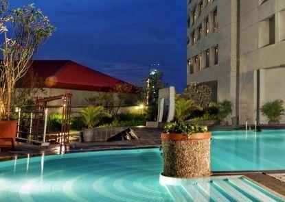 Hotel Bidakara Grand Pancoran Jakarta Kolam Renang