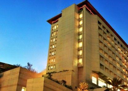 Hotel Bidakara Grand Pancoran Jakarta Eksterior