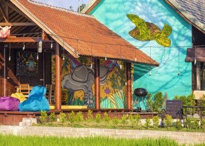 Big Brother Surf Inn